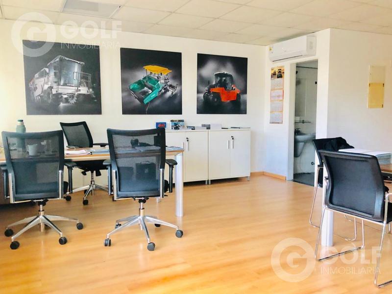 Foto Oficina en Alquiler en  Pocitos Nuevo ,  Montevideo  Oficina en WTC, alquiler con muebles