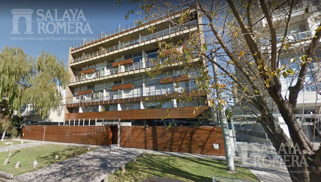 Foto Departamento en Alquiler temporario en  Olivos,  Vicente Lopez  Frente al Rio