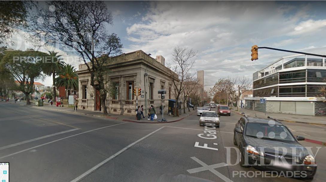 Foto Local en Alquiler en  Punta Carretas ,  Montevideo  Punta Carretas Shop Aprox