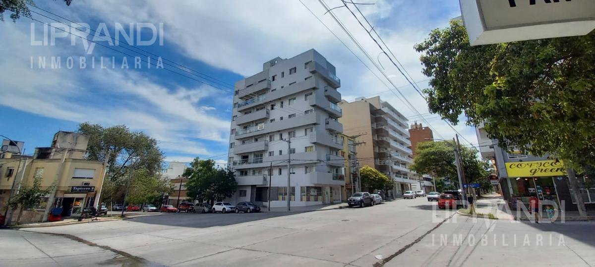 Foto Departamento en Alquiler en  Cofico,  Cordoba  SAN MARTIN al 1300 - MUY LUMINOSO - TERRAZA  y ASADOR