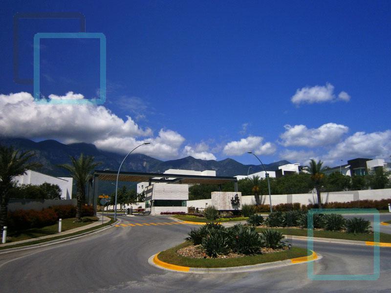 Foto Casa en Venta en  Carolco,  Monterrey  CASA EN VENTA CAROLCO RESIDENCIAL ZONA CARRETERA NACIONAL MONTERREY