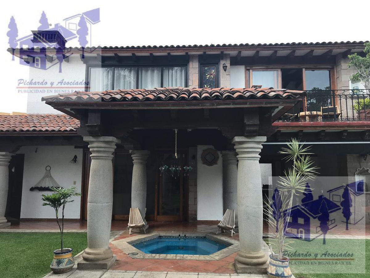 Foto Casa en Venta en  Fraccionamiento Rinconada Vista Hermosa,  Cuernavaca  Rinconada Vista Hermosa