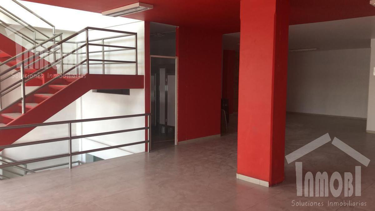 Foto Local en Renta en  Ecatepec de Morelos ,  Edo. de México  ¡EXCELENTES ESPACIOS COMERCIALES EN AV. MORELOS, ECATEPEC!