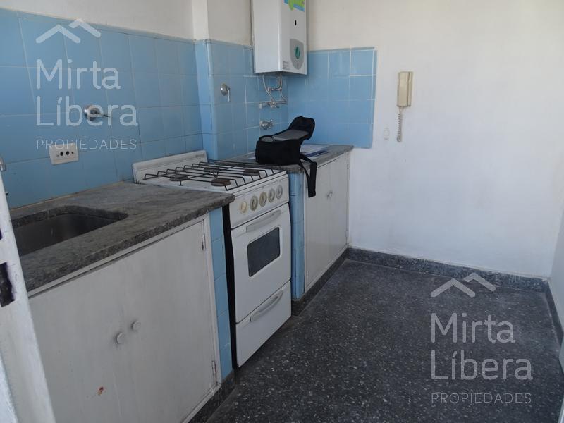 Foto Departamento en Alquiler en  La Plata ,  G.B.A. Zona Sur  Calle 10 nº al 1400