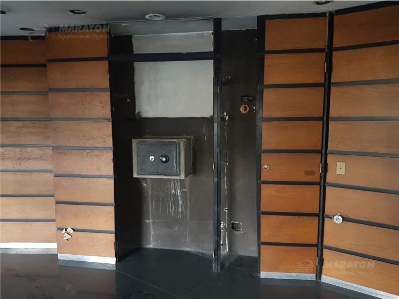 Foto Local en Alquiler en  Catalinas,  Centro  Reconquista 1000