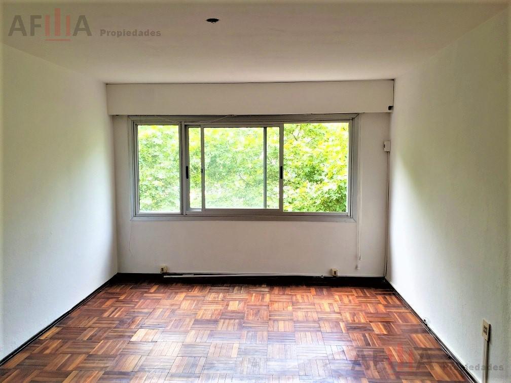 Foto Apartamento en Alquiler en  Centro,  Montevideo  Gutierrez Ruiz al 1200