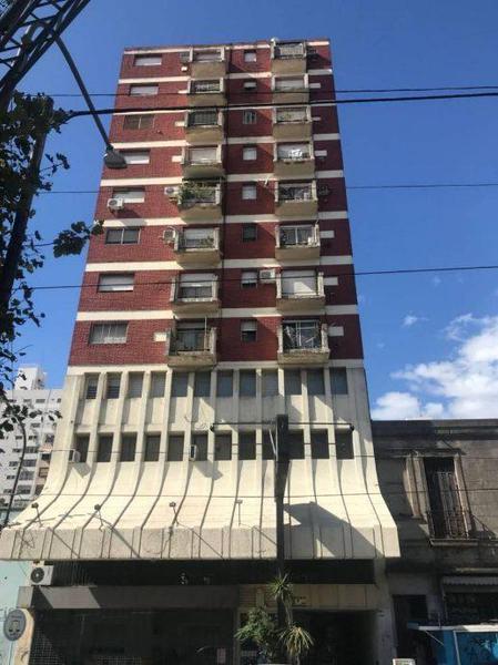 Foto Departamento en Venta en  Quilmes,  Quilmes  Hipolito Yrigoyen 690