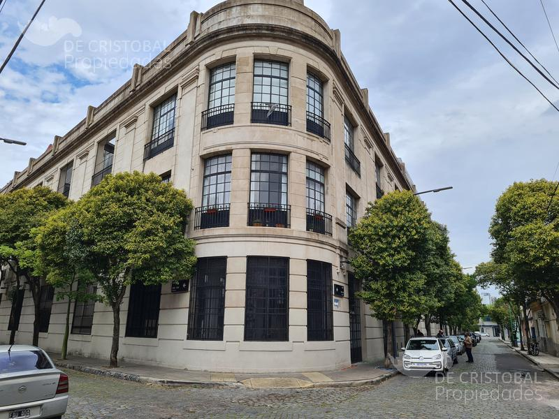 Foto Departamento en Venta en  Barracas ,  Capital Federal  Salmun Feijoo al 700