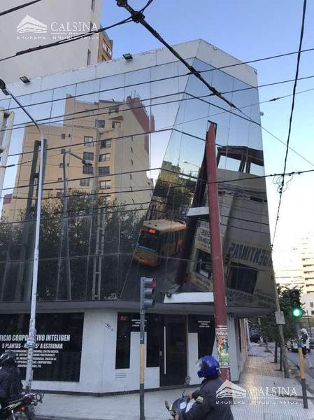 Foto Oficina en Venta en  Cordoba Capital ,  Cordoba  Belgrano esquina Peredo - Cba Capital