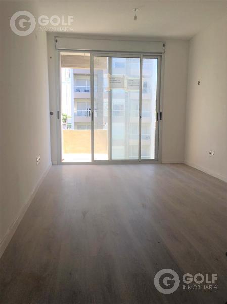 Foto Departamento en Alquiler en  Pocitos Nuevo ,  Montevideo  Unidad de 1 dormitorio con garaje en alquiler. Barbacoa, parrillero, gimnasio, lavadero