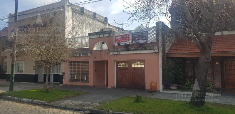 Foto Casa en Venta |  en  Banfield Oeste,  Banfield  San Martin 1470