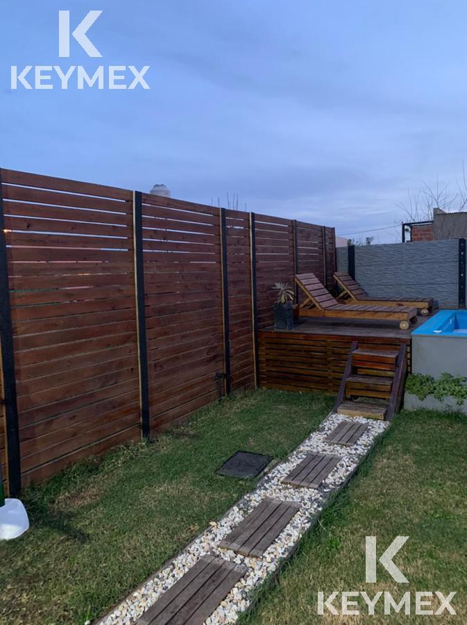 Foto Casa en Venta en  Villa Parque Sicardi,  La Plata  21 entre 662 y 663