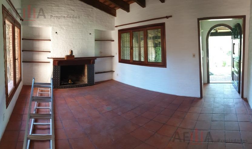 Foto Casa en Venta en  Carrasco ,  Montevideo  Pedro Murillo al 6000