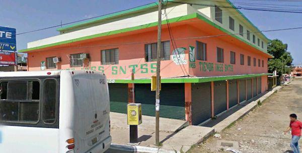 Foto Local en Venta | Renta en  Francisco Javier Mina,  Tampico  ELO-220 VENTA O RENTA EDIFICIO COMERCIAL EN LA CURVA TEXAS