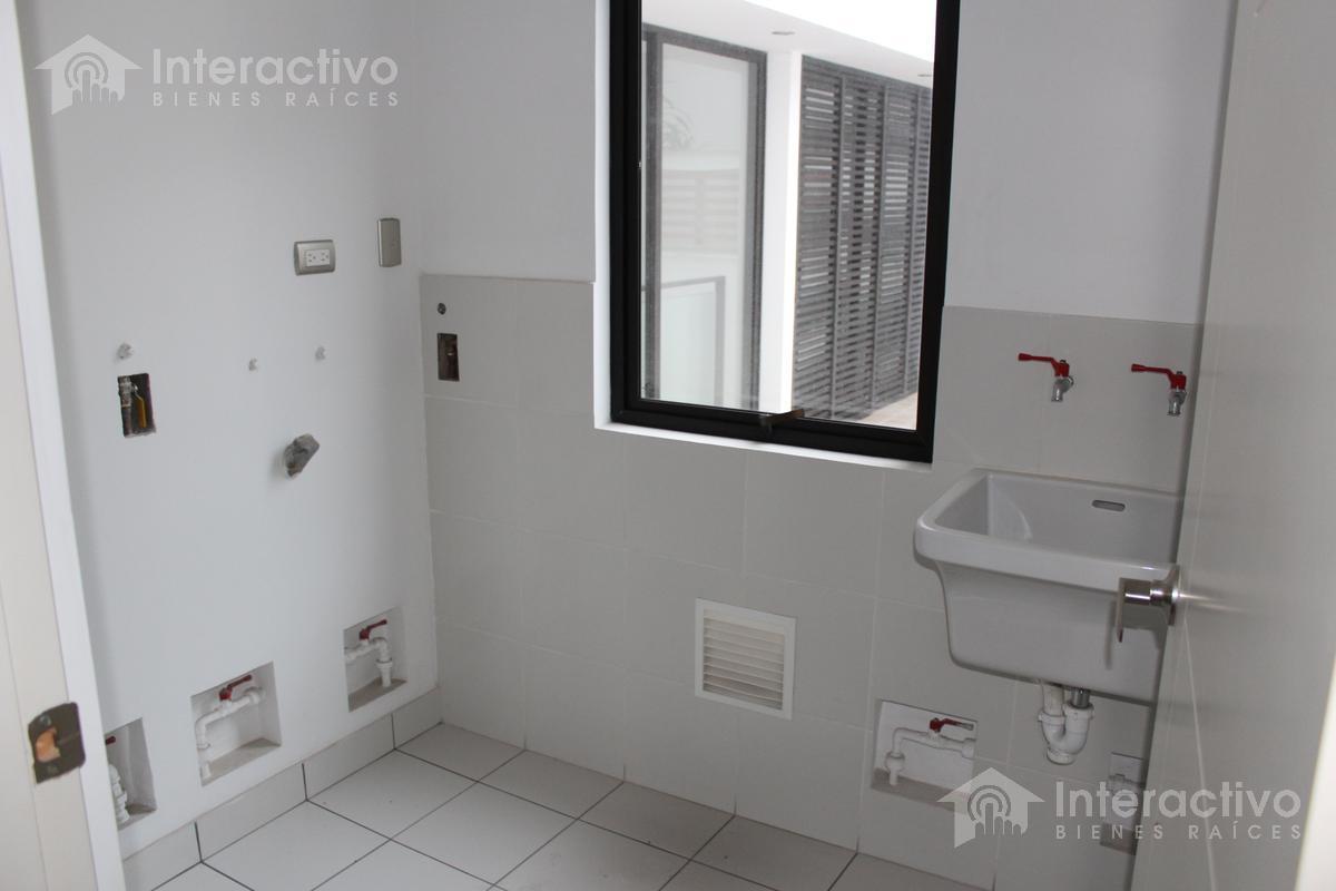 Foto Departamento en Venta en  Barranco,  Lima  Departamento en 1er piso cerca al Malecón Paul Harris