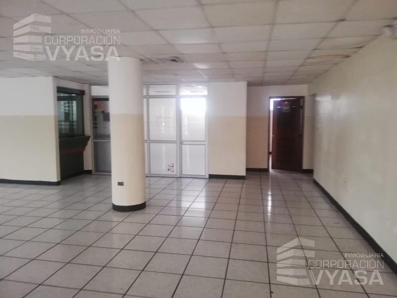 Foto Oficina en Alquiler   Alquiler en  Norte de Guayaquil,  Guayaquil  En Urdesa - Fco. de Orellana y Plaza Centenario, oficinas de arriendo - Desde 184,00 m2