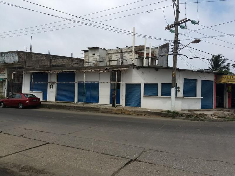 Foto Local en Venta en  Miguel Hidalgo,  Coatzacoalcos  Local en Venta, Limones, Col. Miguel Hidalgo.