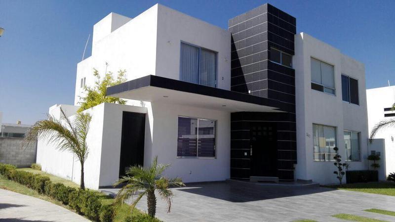 Foto Casa en Renta en  Querétaro ,  Querétaro  carretera tlacote 1001