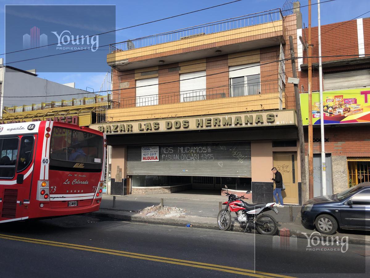 Foto Local en Alquiler en  Lanús ,  G.B.A. Zona Sur  Camino General Belgrano al 4800