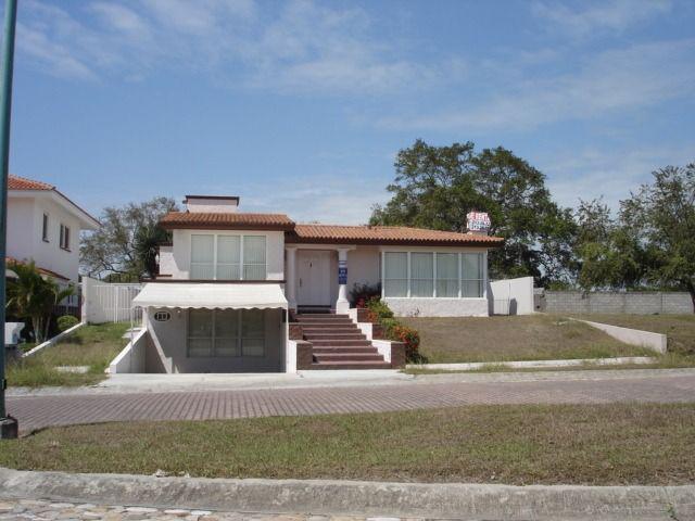 Foto Casa en Renta en  Fraccionamiento Lagunas de Miralta,  Altamira  CASA EN RENTA EN FRACCIONAMIENTO LAGUNAS DE MIRALTA, ALTAMIRA, TAMAULIPAS.