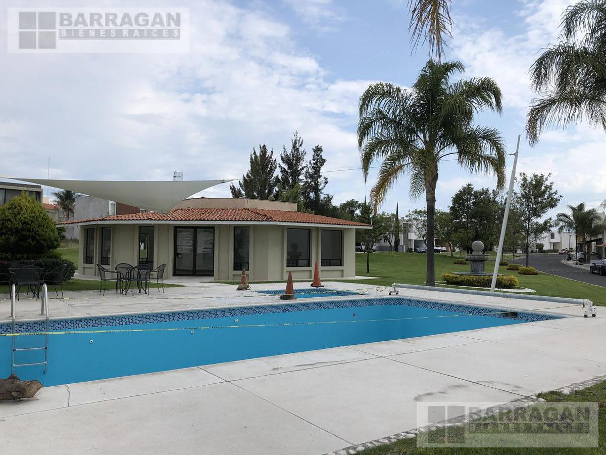Foto Casa en Venta en  La Vista Residencial,  Querétaro  CASA EN VENTA MISION CONCA, LA VISTA RESIDENCIAL QUERETARO