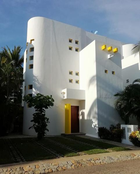 Foto Casa en condominio en Venta en  Fraccionamiento Villas Xcaret,  Acapulco de Juárez  (7) Villas Xcaret Renta Vacacional