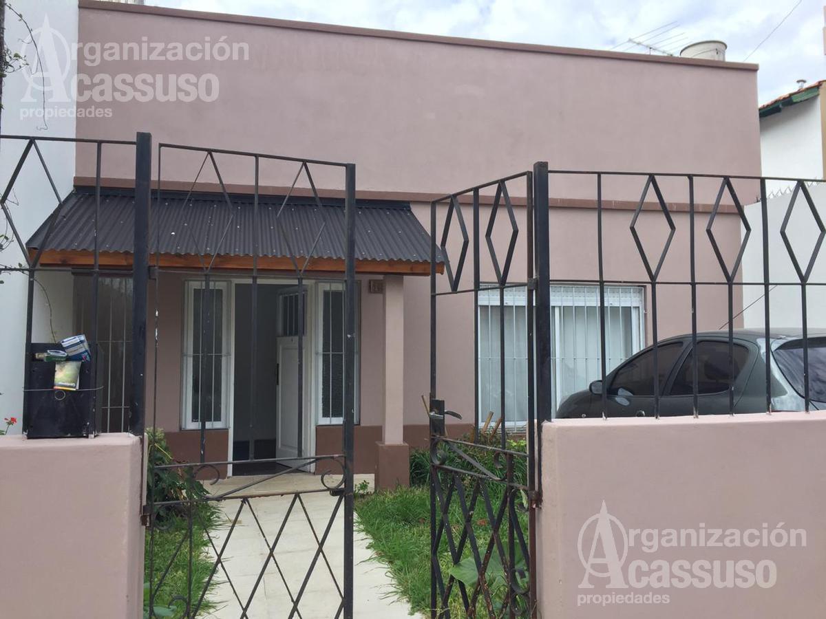 Foto Casa en Venta en  Mart.-Santa Fe/Fleming,  Martinez  BERUTI al 1100