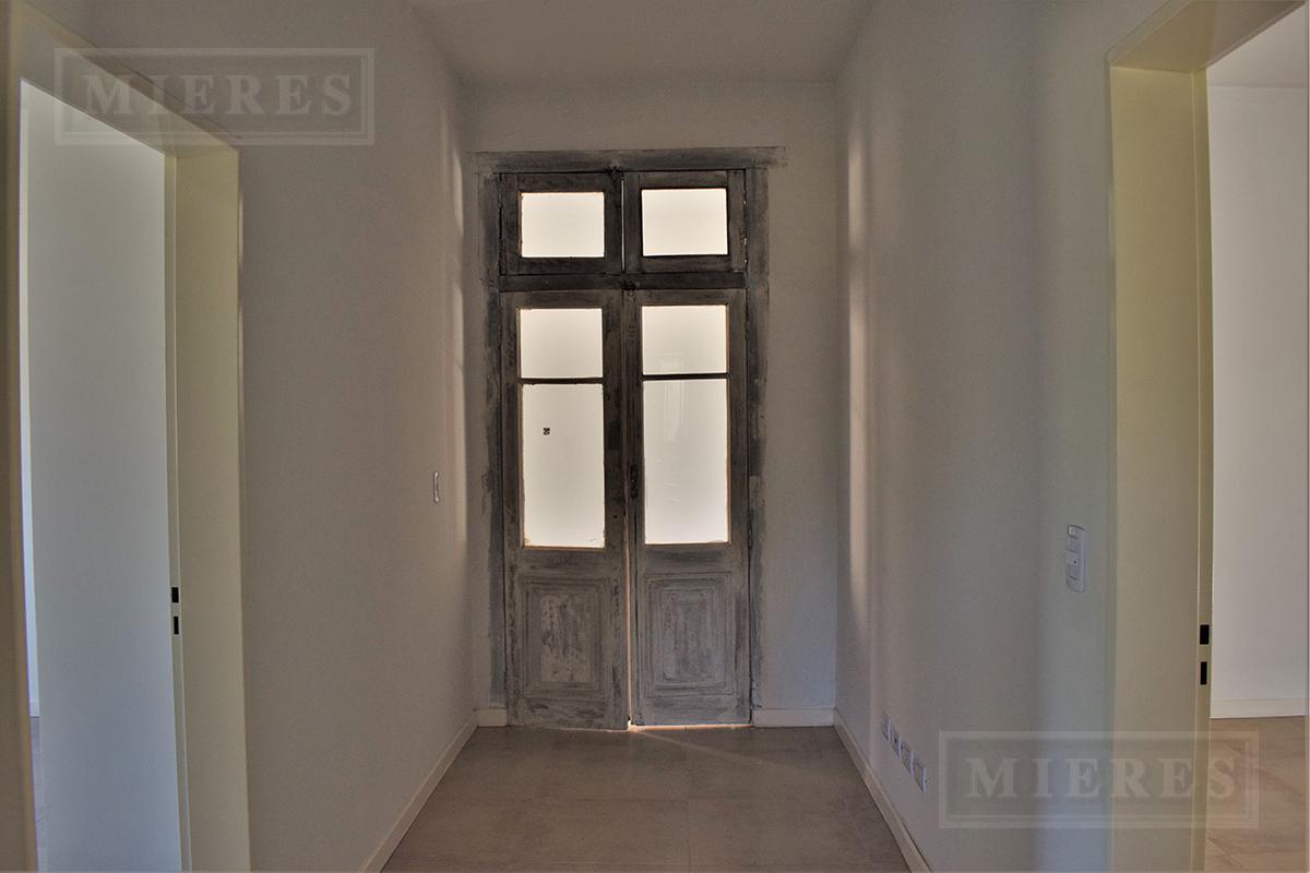 Casa de 220 mts en Estancias  del Pilar, La Paz