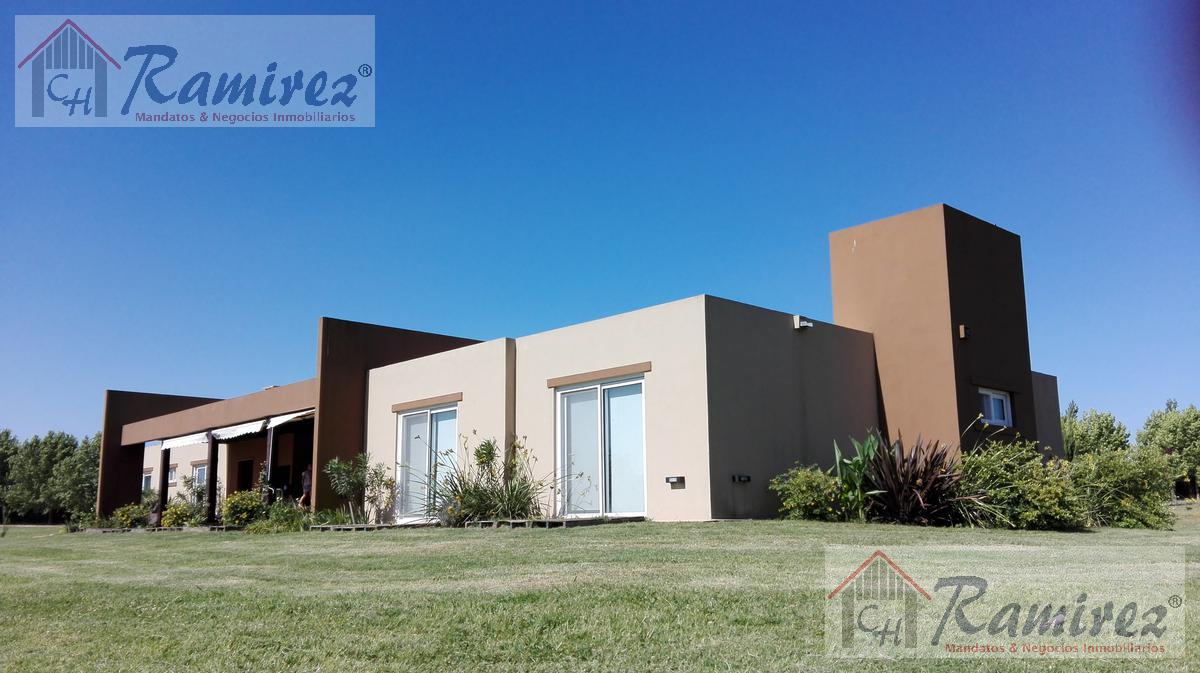 Foto Casa en Venta en  Pilar ,  G.B.A. Zona Norte  Club de Campo La Ranita