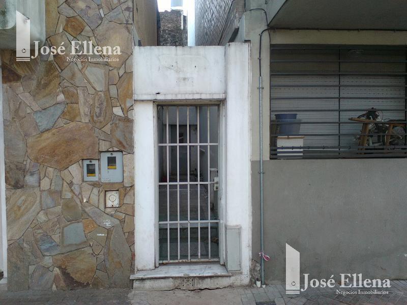 Foto Casa en Venta en  Luis Agote,  Rosario  Crespo al 300