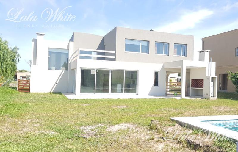 Foto Casa en Venta | Alquiler en  Los Talas ,  Canning  Venta - Casa en Los Talas - Canning