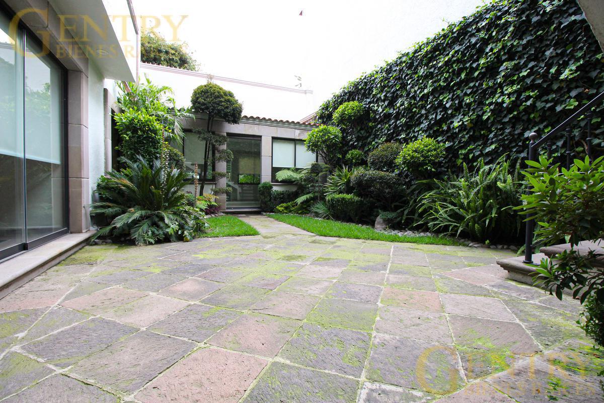 Foto Casa en Venta en  Jardines en la Montaña,  Tlalpan  INCREÍBLE CASA EN VENTA EN JARDINES EN LA MONTAÑA