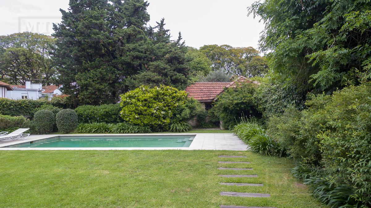 Casa - Acassuso -Bo.Parque Aguirre
