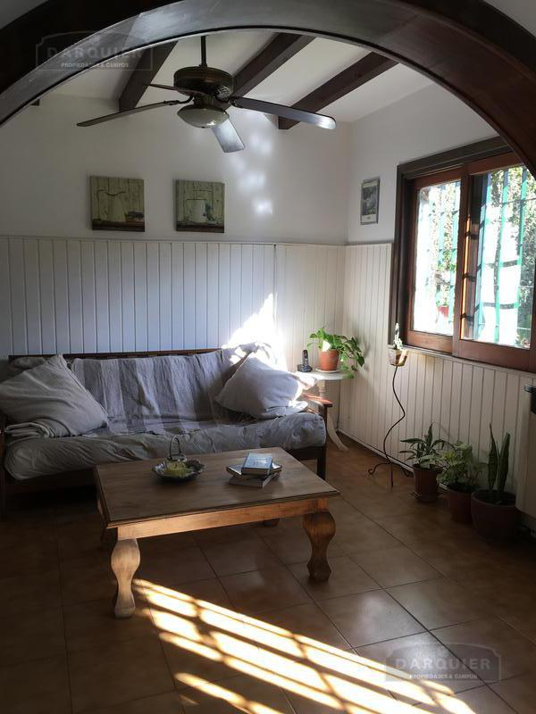 Foto Casa en Venta en  Adrogue,  Almirante Brown  Amenedo 1427