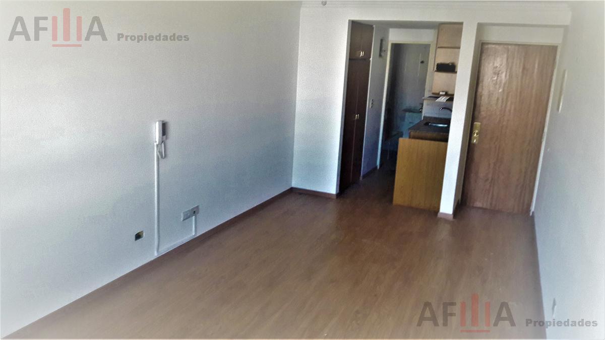 Foto Apartamento en Alquiler en  Pocitos ,  Montevideo  Jose Martí al 3300