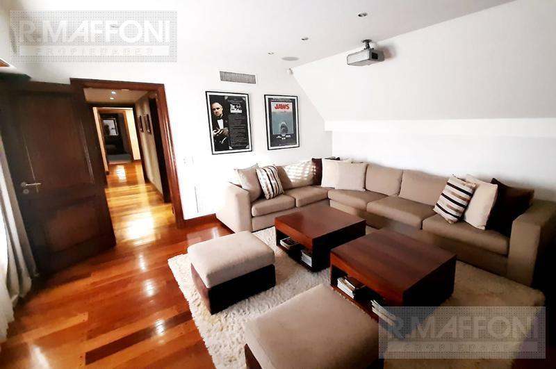 Foto Casa en Venta en  Adrogue,  Almirante Brown  Francisco Segui al 500