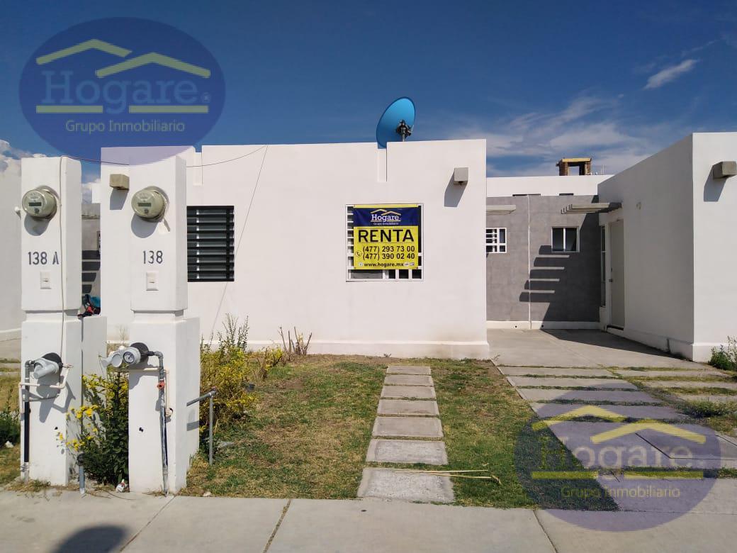 Casa en renta 1 planta 2 recamarás Fracc. Los Héroes León a 15 min de Puerto Interior en León, Gto.