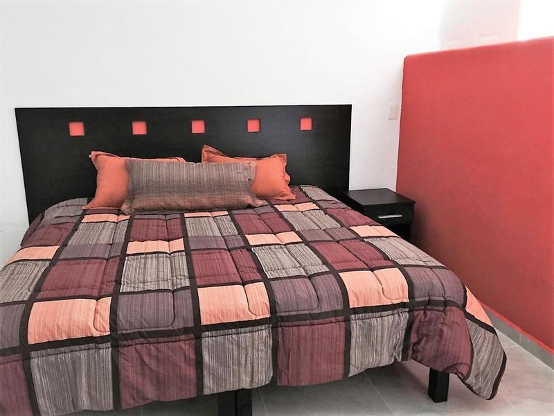 Playa del Carmen Centro Apartment for Rent scene image 7