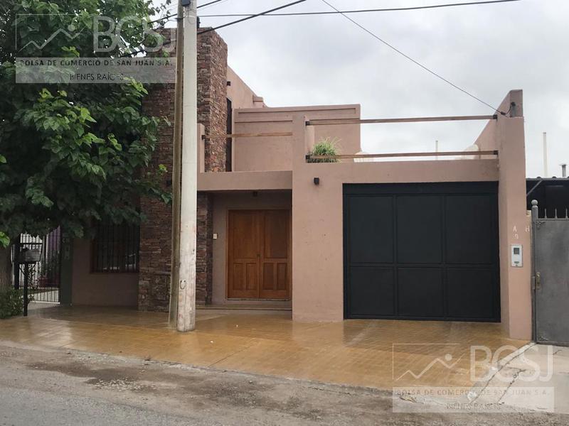Foto Casa en Venta en  Capital ,  San Juan  Bº Parque sur