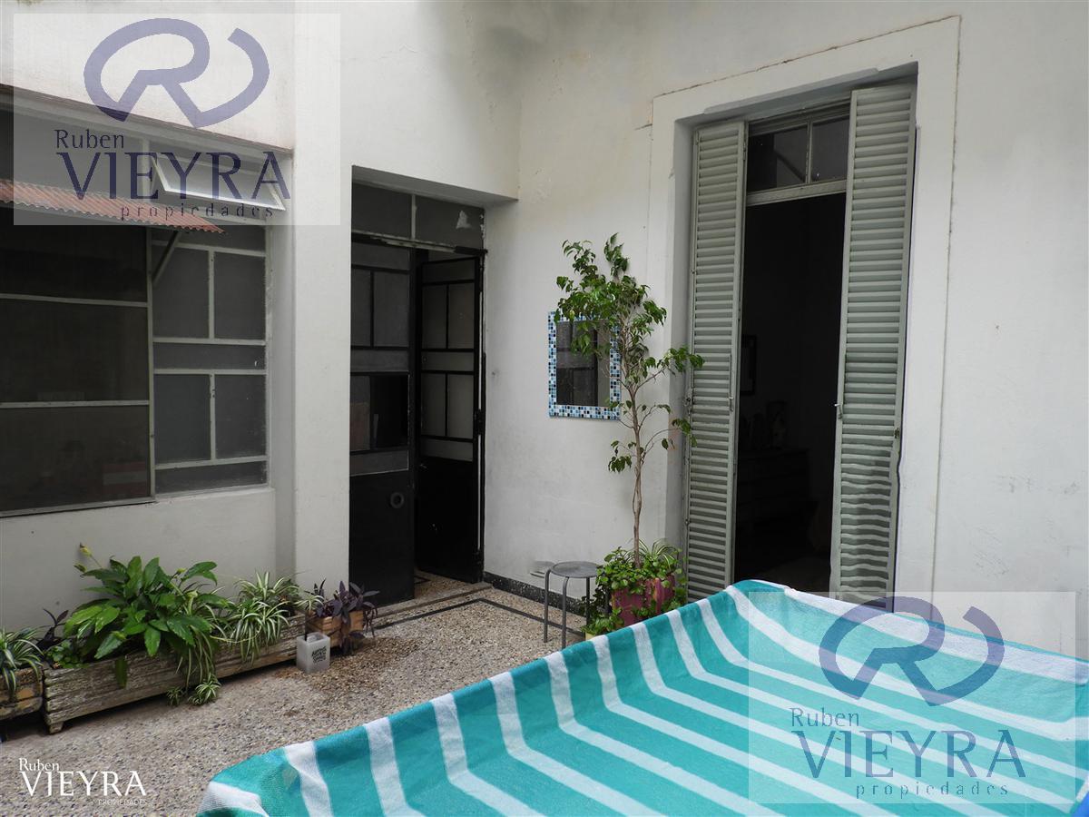 Foto PH en Venta en  Villa Real ,  Capital Federal  Pje. Esquina al 2400