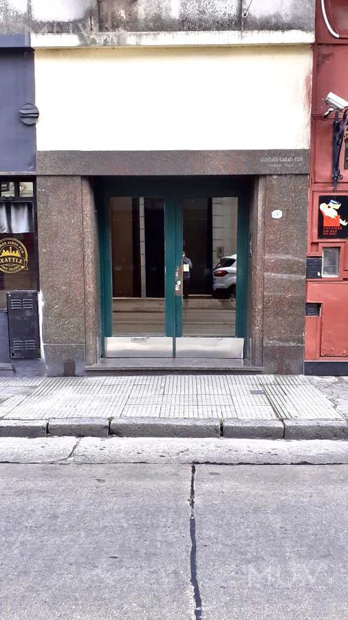 Foto Departamento en Venta en  San Telmo ,  Capital Federal  Peru al 800