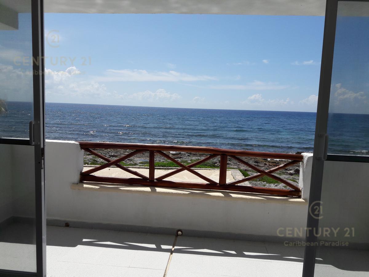 Foto Casa en Venta | Renta en  Playa del Carmen,  Solidaridad  Villa Ocean front en Akumal RENTA C2598