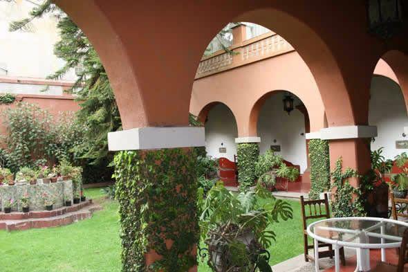 Foto Quinta en Renta en  Villa Coyoacán,  Coyoacán  IMPACTANTE, EN  VIVEROS DE COYOACAN, HERMOSA,EN VENTA ESTILO HACIENDA