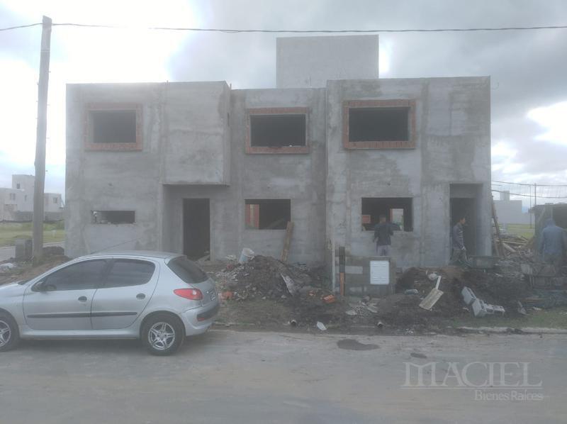 Foto Casa en Venta en  San Ignacio Village,  Cordoba Capital  Duplex- San Ignacio Village, 2 Dorm, 2 Bños, Calef Central - Posesión 60 días!