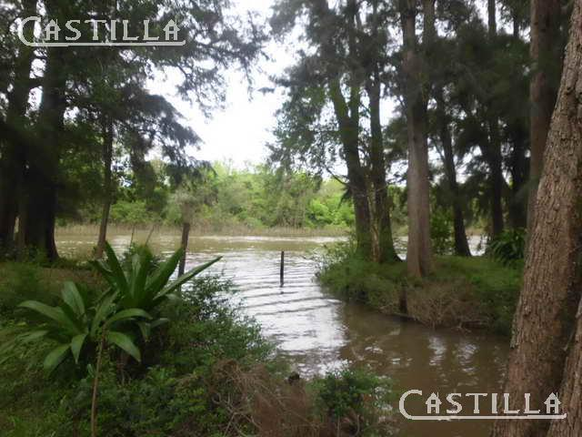 Foto Casa en Venta en  Caraguata,  Zona Delta Tigre  ARROYO CARAGUATA  al 900