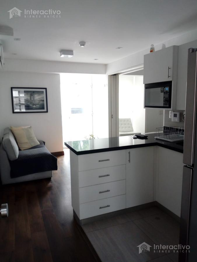 Foto Departamento en Venta en  Barranco,  Lima  San Martin - dpto en 2do piso (vista posterior sin ruido)