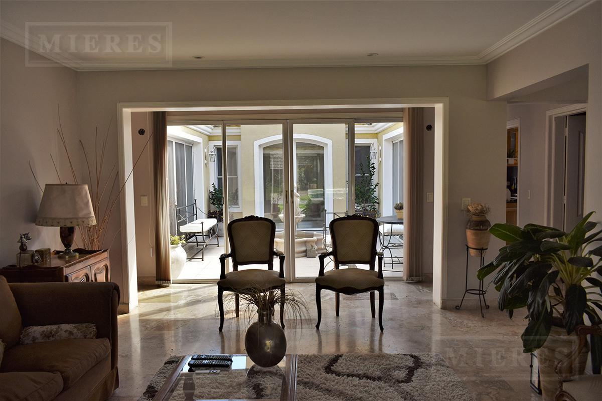 Mieres propiedades - Casa de 236 mts en Highland Park