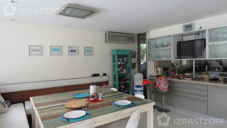 Casa--Galapagos-Galapagos