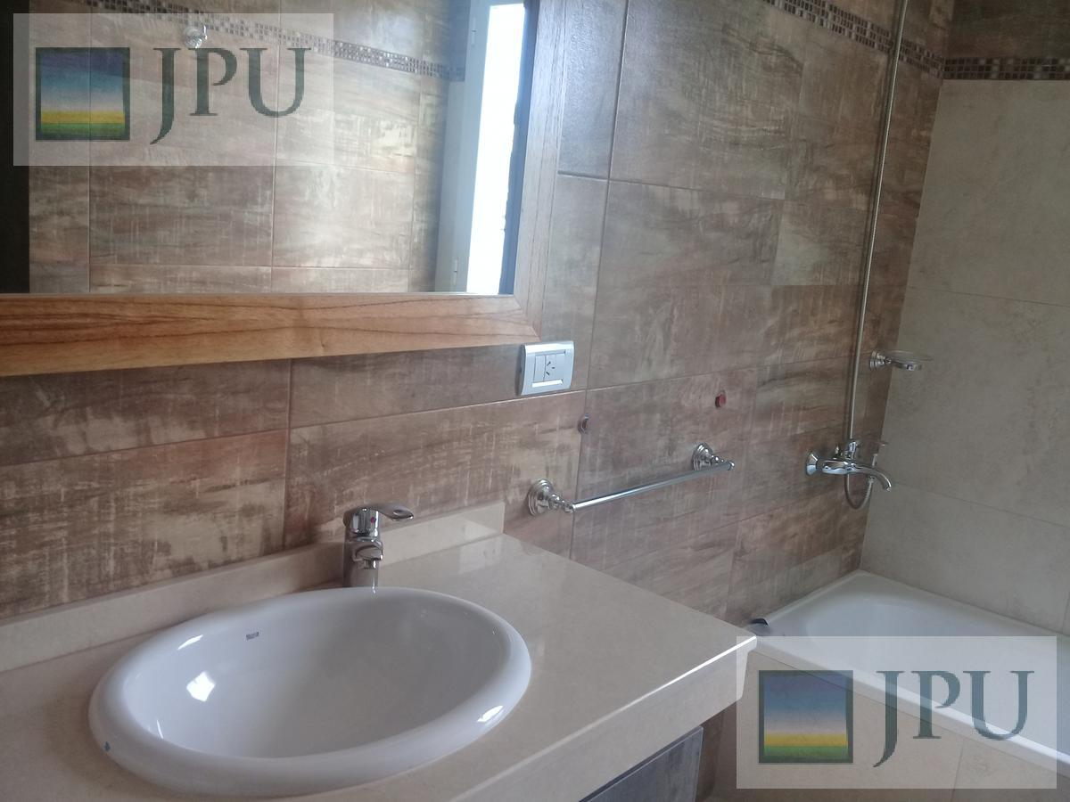 Foto Casa en Alquiler temporario en  Costa Esmeralda,  Punta Medanos  Residencial 544