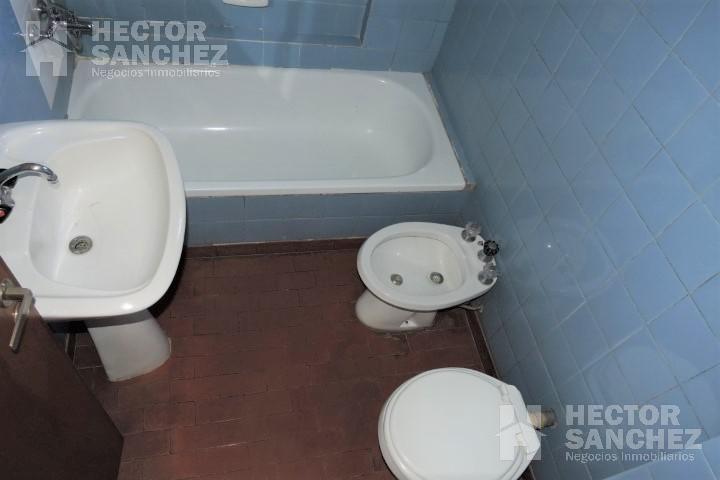 Foto Departamento en Alquiler en  Moron,  Moron  Brown al 900